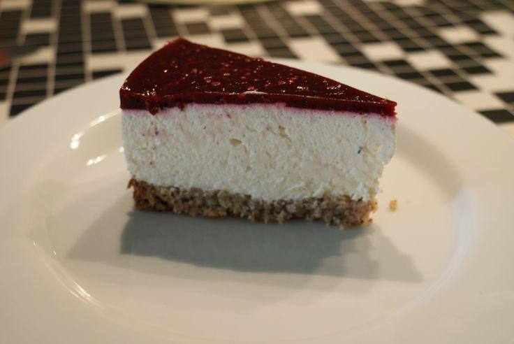 Græsk yoghurt kage med brombær