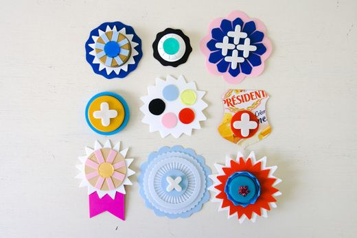 Make brooches from recycled materials