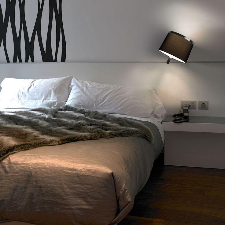 Virginia rotatable wall light designed specifically for bed side lighting « Lighthouse Nelson www.nelsonlighting.co.nz