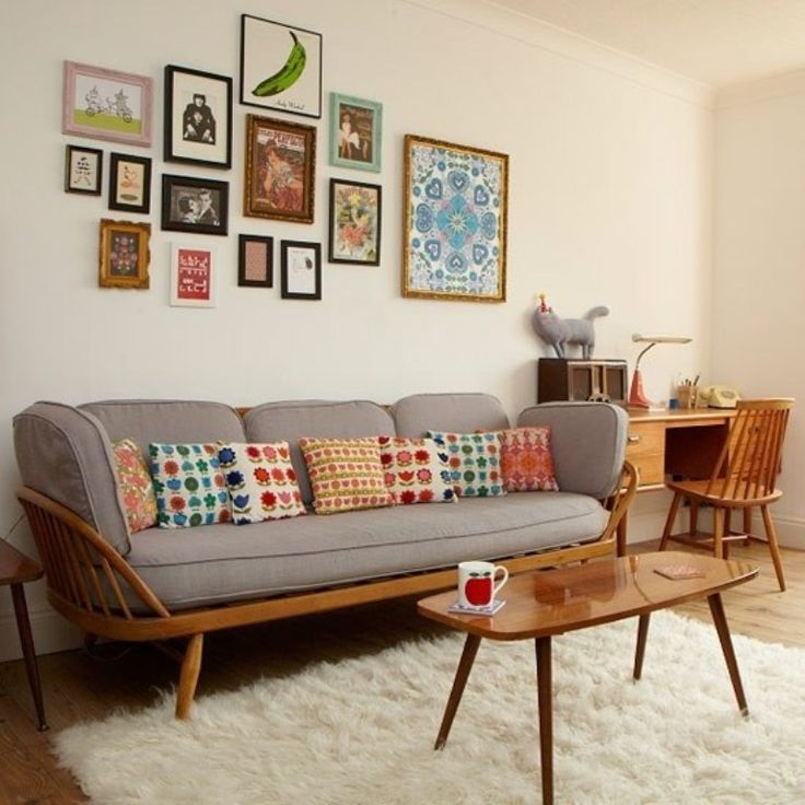 Living Room Retro Ideas With Wall Art And Grey Couch Coffee Table Shag Rug Home Office Desk Chair