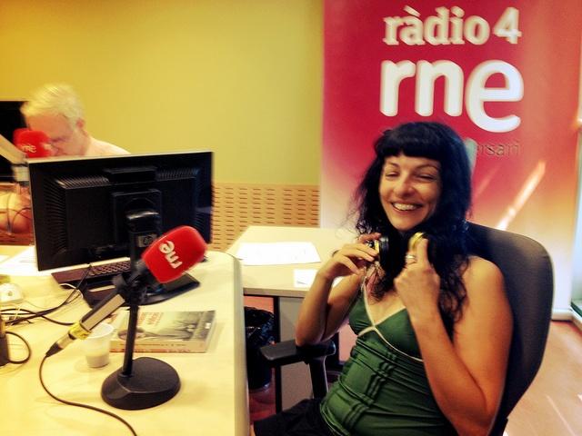 Amb @miquelmurga ara a Ràdio 4, parlarem de fantasies eròtiques de tot el món i tots els temps :)) by roser amills bibiloni, via Flickr