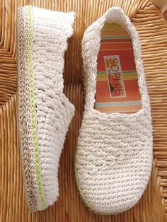 These pretty slippers are made using a worsted-weight cotton yarn. Instructions are written for size S:  2-4 (M: 5-6, L: 7-8, XL: 9-10) and include detailed, step-by-step instructions with pictures and symbol crochet. You can wear them as slippers or...