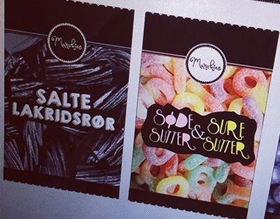 """Opbygning af """"Slik/snack""""- overordnet brand - Valg af navn """"Munchies"""" (craving for søde sager/snacks) -  logo plus design af slikposer"""