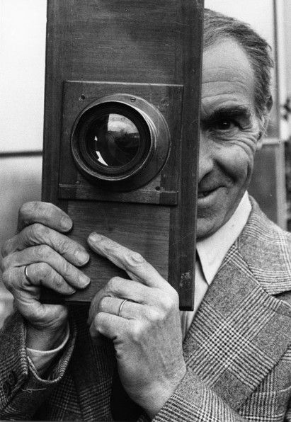 """""""I don't photograph life as it is, but life as I would like it to be."""" Robert Doisneau ..."""