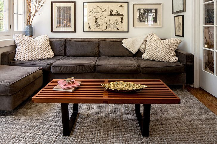 The Worst Design Trends From The 2000s Brown Couch Living Room Brown Living Room Decor Brown Living Room