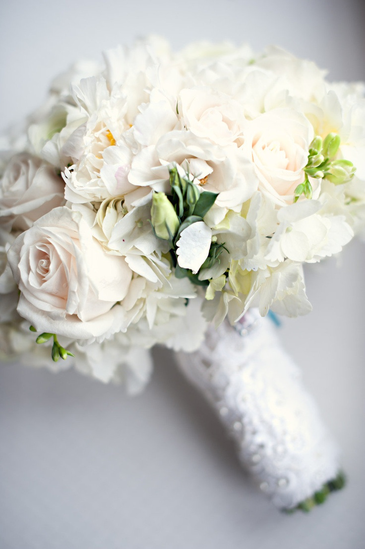 96 best white and black bouquet images on pinterest branches haddam connecticut wedding from carla ten eyck photography black bouquetwhite bouquetsbouquet flowerswedding dhlflorist Image collections