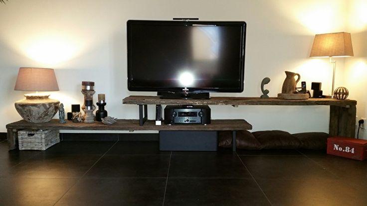 TV meubel eiken wagonplanken stalen onderstel