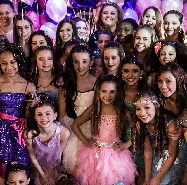 Did any one else realize that in Mackenzie's music video that The winner of ALUDC (Abby lees ultimate dance competition) is in it! Mackayle SHE IS ON THE END OF THE RIGHT SIDE