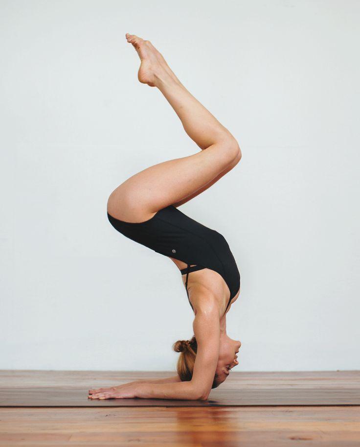 картинка руки как у йоги самаре состоялась торжественная