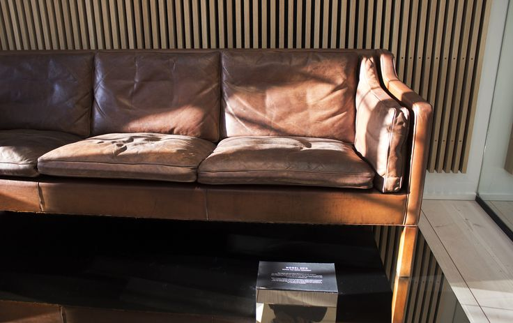 BORGE MOGENSENS ACTUAL SOFA. A REMINDER TO BUY ONCE AND BUY WELL!