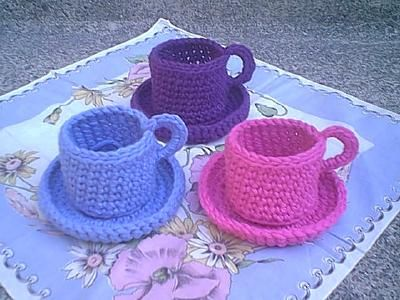 Christine's Crocheted Teacup: free pattern
