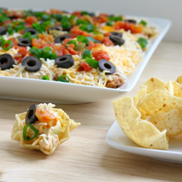Layered taco dip - Made this for my 80s party - got tonnes of compliments!  Yummy ...