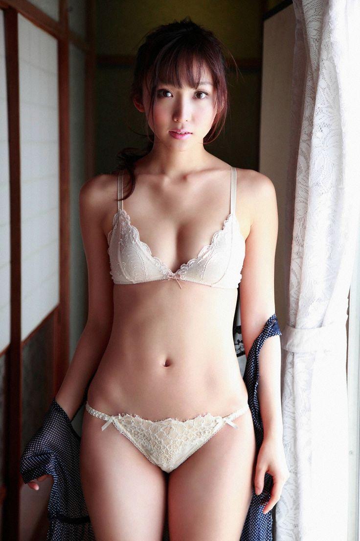 Risa Yoshiki (吉木りさ)