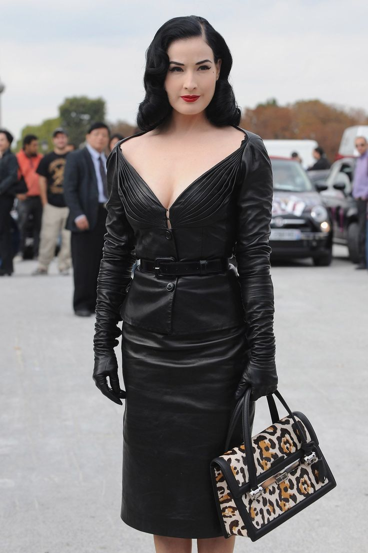 Black leather gloves brisbane - Dita Wearing Leather Opera Gloves