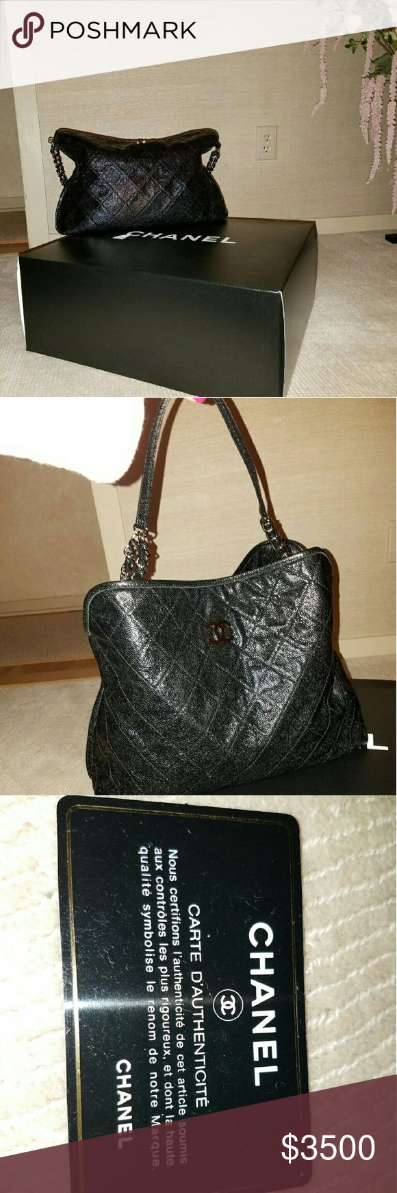 Chanel Bag Black quilted leather, chain handle CHANEL Bags Shoulder Bags