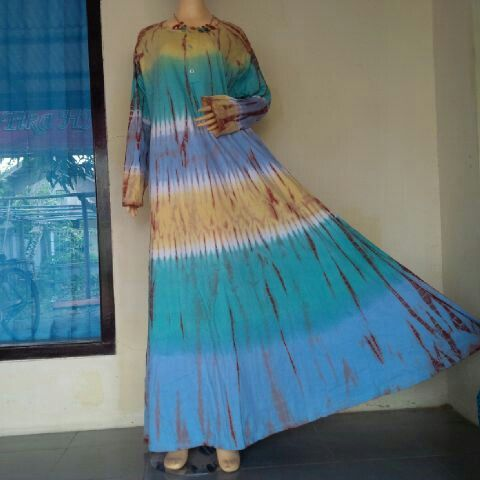 Dress Tiedye Four Stripes of Colours  BIG SIZE..! All size fit to XXL, Chest Width 130cm Long 140cm  BB : 543CB281  Line : bulbulhijaz (b u l b u l h i j a z)  ig : twins717olshop (trusted olshop)