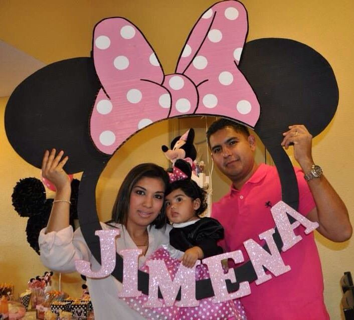 Minnie Mouse frame for pictures.
