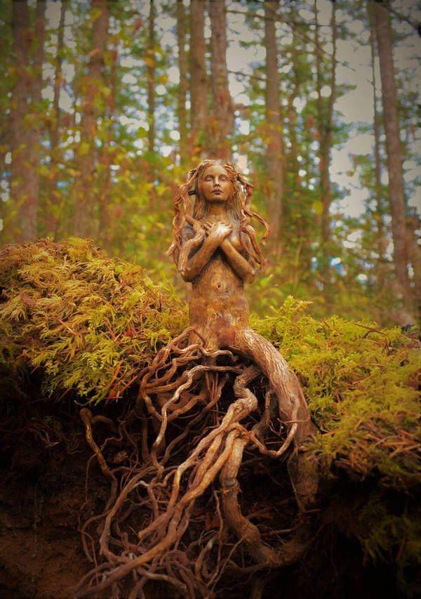Художница Превращает Коряги В фантастические Скульптуры, которые похожи на духов природы. Скульптура, Debra Bernier, Дерево, КОрни, Ракушки, Духи леса, Девушки, длиннопост