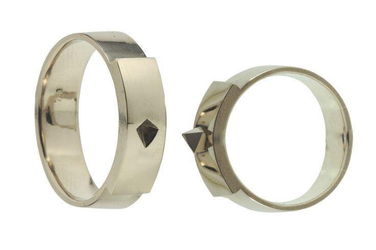 Raw matching.  Wedding rings in 18carat gold.