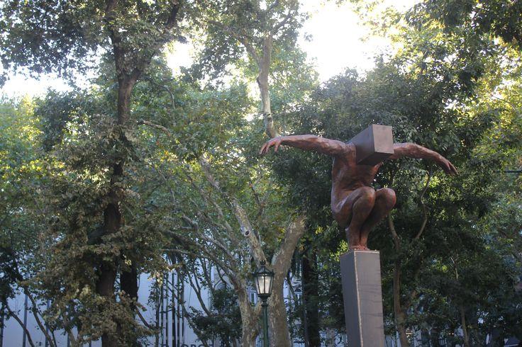 Abismo - Escultura de Rogério Timóteo
