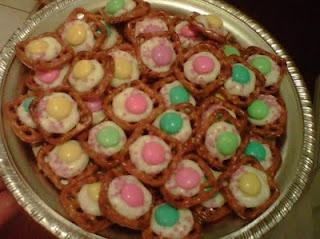 Easter Pretzel TreatsHoliday Creations, Easter Goodies, Easter Spr, Easter Pretzels, Pretzels Bites, Pretzels Treats, Joan Recipe, Easter Treats, Easter Ideas