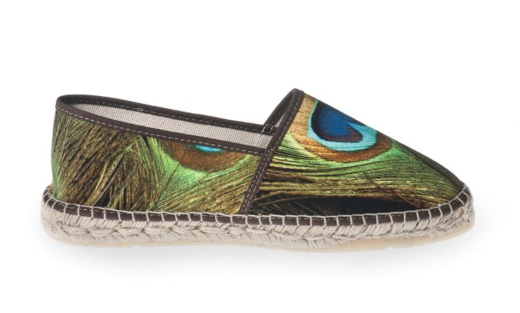 Espadrille Paon #paon #pauw #peacock #shoes #espadrilles #espadrille #ladiesshoes #womenshoes #damesschoen #summer #spring #summershoes #girlsshoes  Shop here: http://www.studioreve.nl/product/espadrille-paon/
