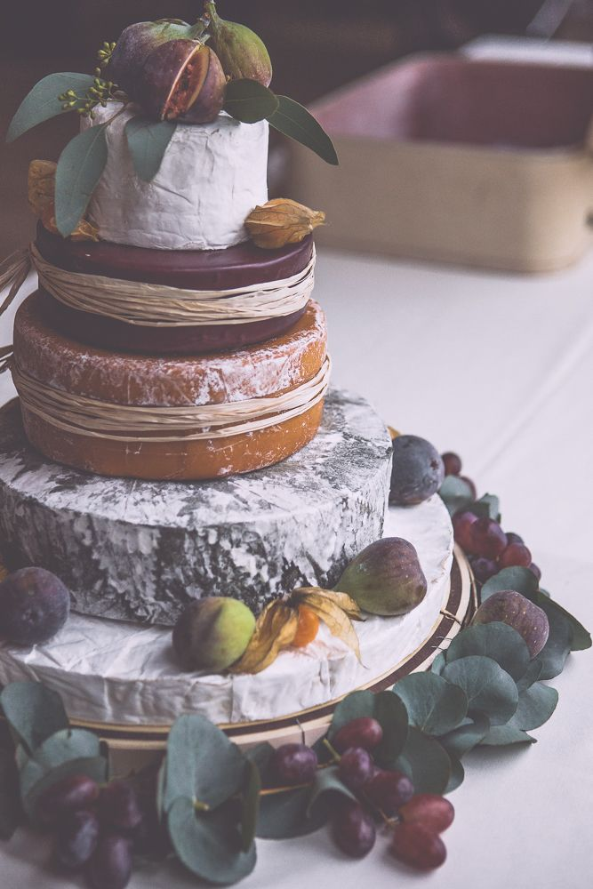 Our wedding cheese cake - Photo by Noel Deasington