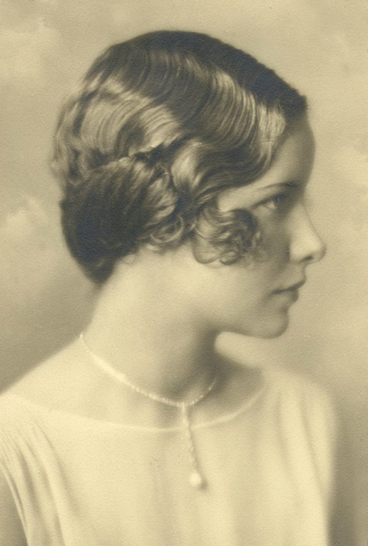 +~+~ Antique Photograph ~+~+  Flapper girl ~ 1920's