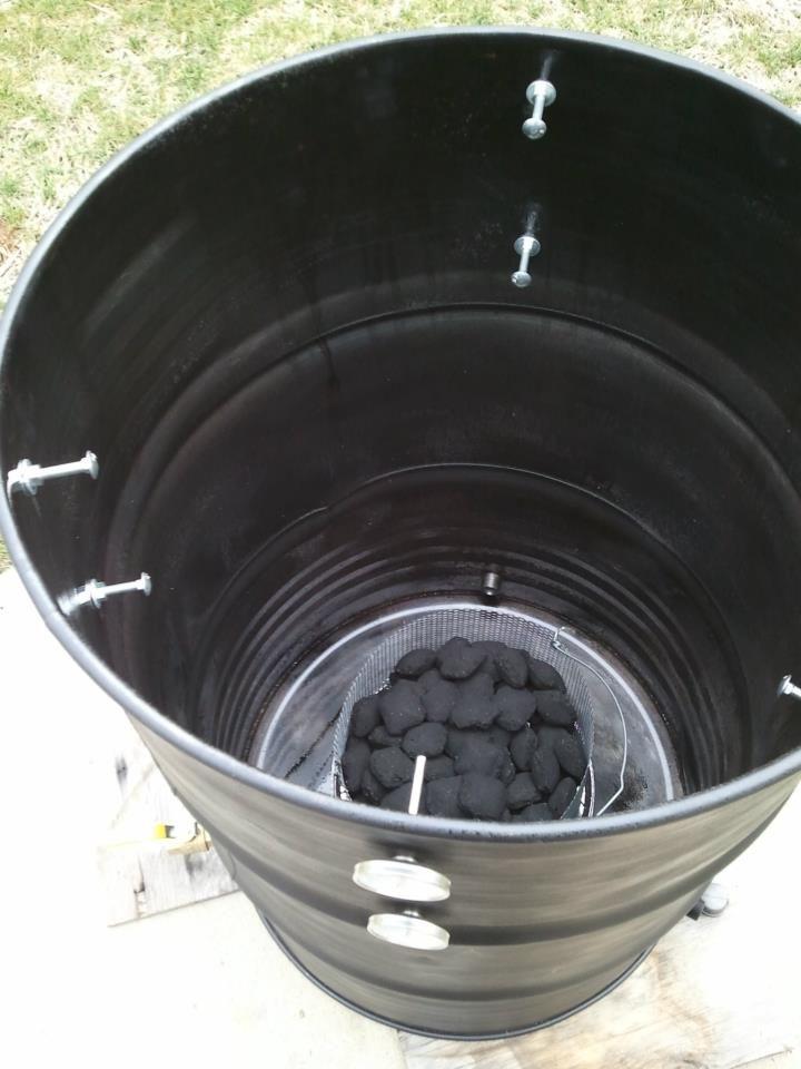 UDS Ugly Drum Smoker Fire Basket