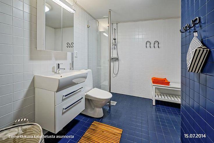 Pirteän värinen kylpyhuone