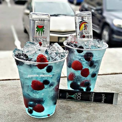 15 Alcoholic Drinks for Summertime Parties