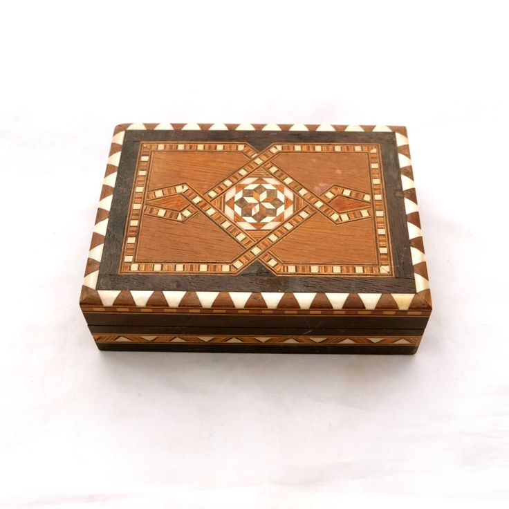 Vintage Wooden Card Box With Inlay Marquetry Wooden Card Box Deck of Card Storage Card Deck Box Art Deco Marquetry Box Decorative Box (14.00 GBP) by TwoTimeVintage