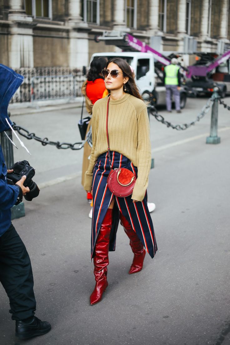 """This slideshow of the best of PFW street style SS18 is proof that """"trying"""" is finally back in style"""