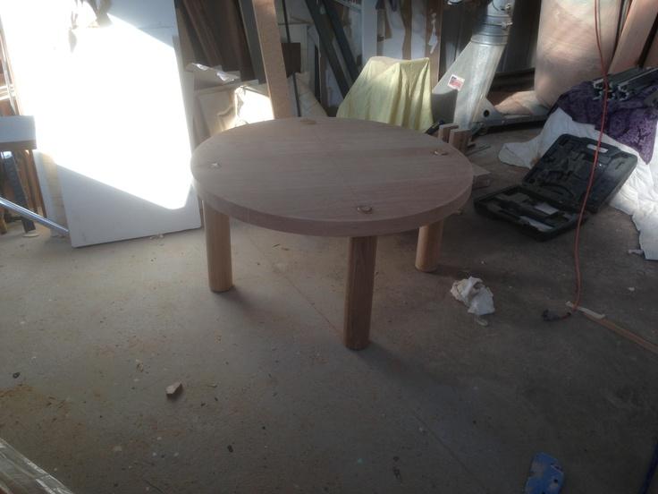 JB ELLIOTT round coffee table