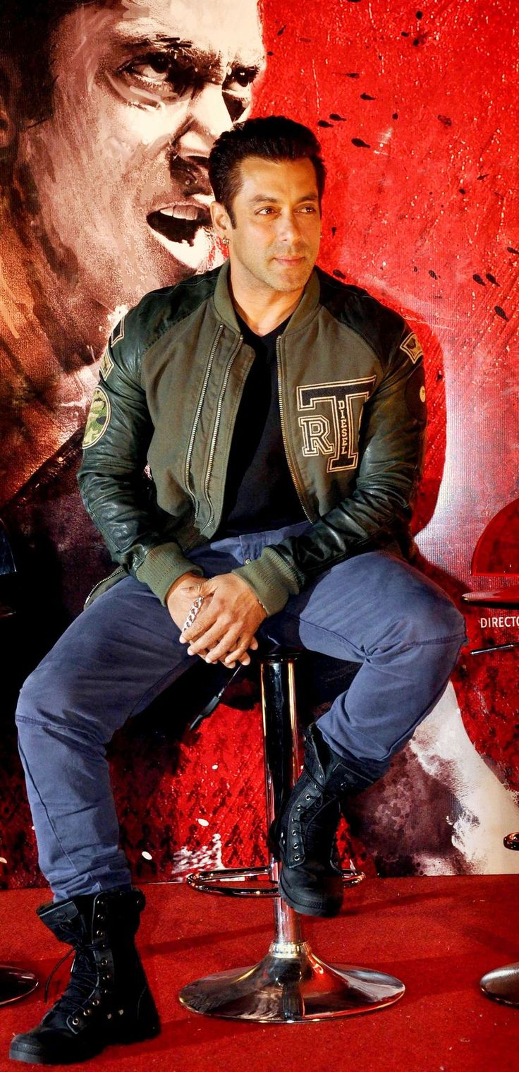 Salman Khan at the 'Jai Ho' first look launch. #Fashion #Style #Bollywood #Handsome