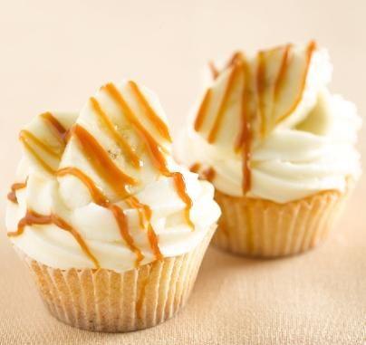 Banoffee cheesecake cupcakes                              -                                  Een simpel rekensommetje: Cupcakes + banaan + roomkaas + karamel = onweerstaanbaar.