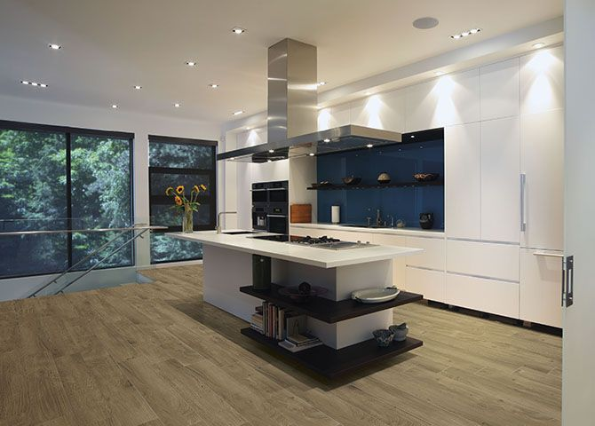 This Lovely Modern Kitchen Encapsulates The 2017 Trends For Handle Free  Units, Monochrome Colours And