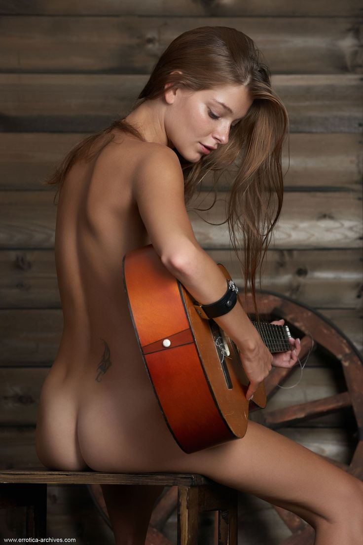 Guitar hot playing girls naked