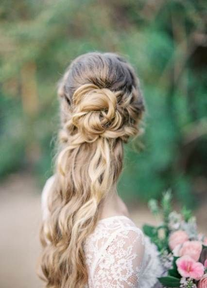 69 Trendy Wedding Hairstyles Half Up Half Down Wavy Simply #weddinghairstyles
