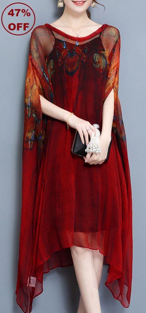 47% OFF! US$39.99 Plus Size Vintage Printed Batwing Sleeve Irregular Hem Layered V-Neck Dresses. SHOP NOW!