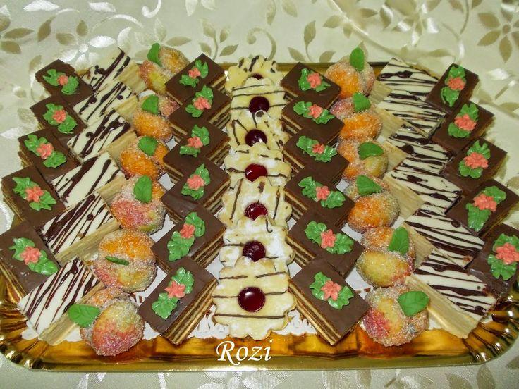 Lakodalmas sütemények
