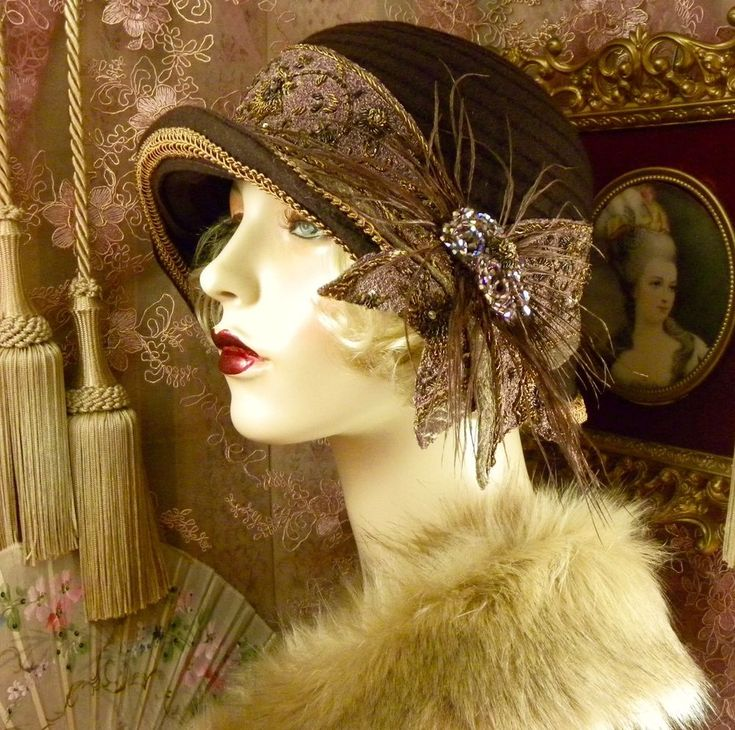 1920'S VINTAGE STYLE BROWN ,MAUVE & GOLD BEADED FEATHER CLOCHE FLAPPER HAT #PatriciaJosephineAntiqueStyleDesign #Cloche