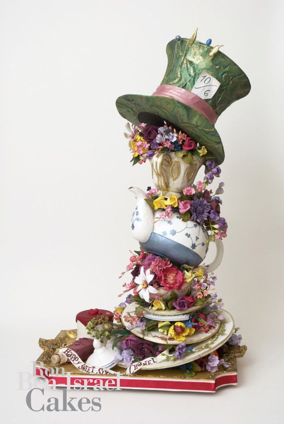 Mad hatters tea party cake Decorated cakes Pinterest