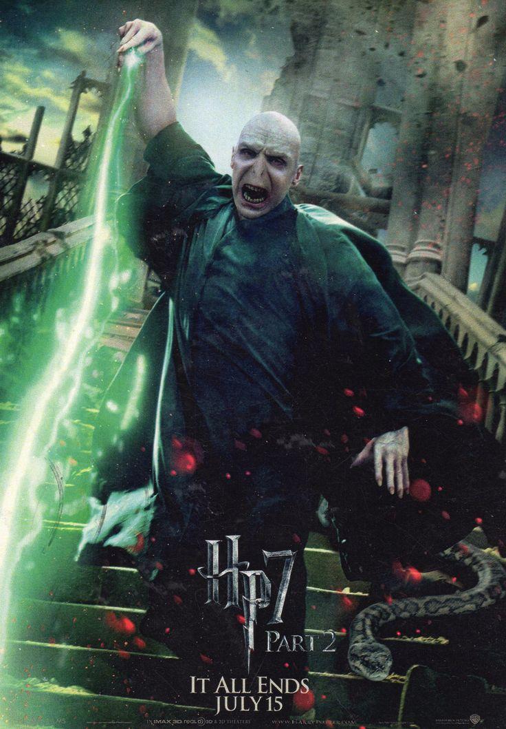 Волан-де-Морт и Нагайна. Гарри Поттер и Дары Смерти. Часть 2