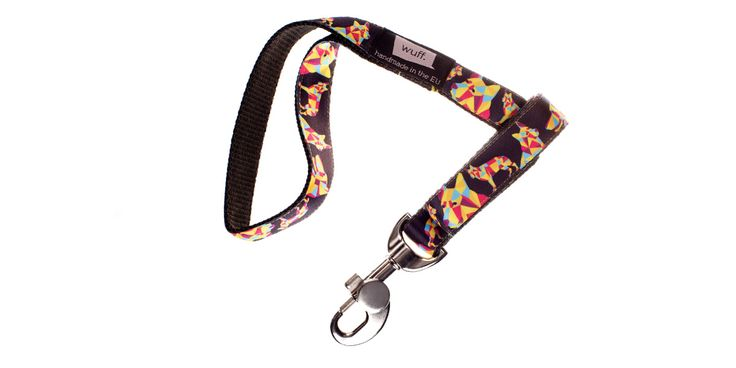 German Shepherd Dog Leash Not even working dogs have to work every day, the WUFF leash looks great on your off-duty German Shepherd. Item Code: 117http://www.wuffcollars.com/en/item/German_Shepherd_Leash-117