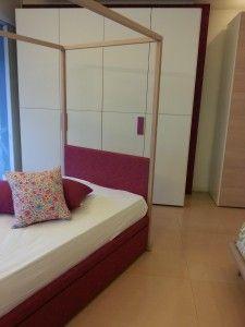 Cerchi un letto a baldacchino per la cameretta del tuo #bambino? Scopri le nostre novità qui! #arredamento #Padova
