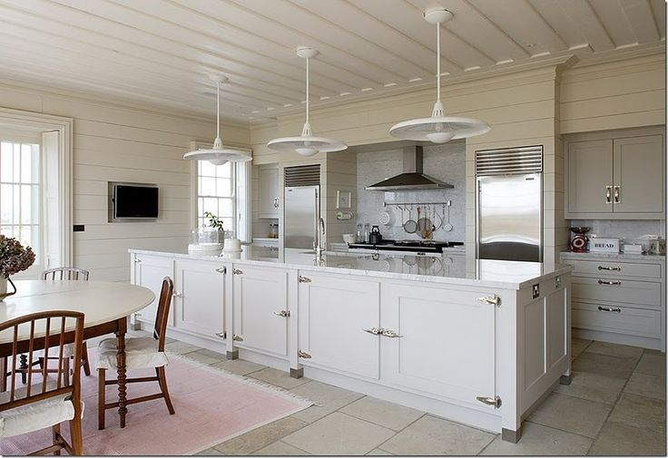 with marble: Heirloom Philosophy, Kitchens Chairs, Coastal Kitchens, Kitchens Islands, Cabinets Hardware, Beaches Houses, Country Kitchens, Kitchens Layout, Cabinets Doors
