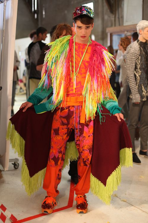 http://en.vogue.fr/fashion/fashion-news/diaporama/a-behind-the-scenes-look-at-the-hyres-festival-2012/11527