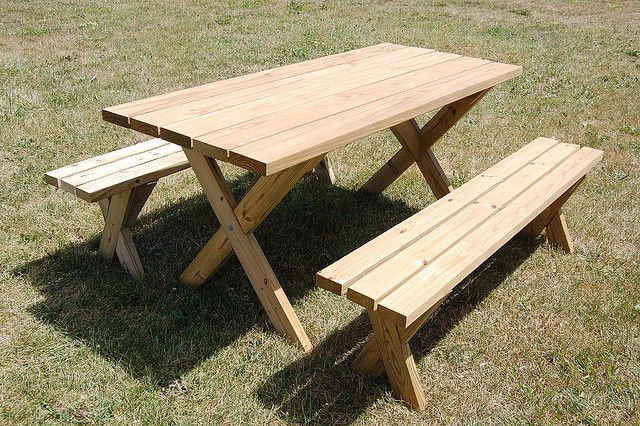 Weekend DIY Picnic Table Project - use the old door that is in the garage.