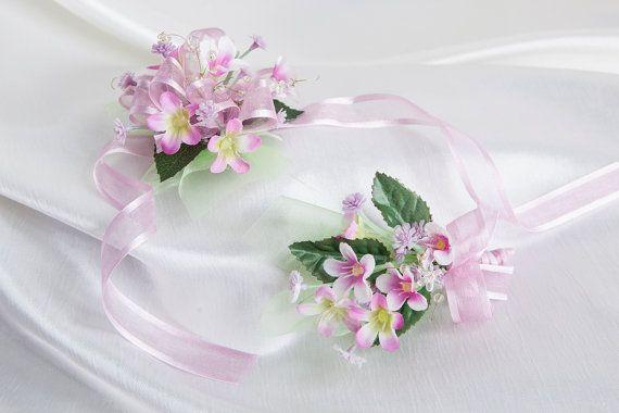 Boutonniere & wrist flower set/Groomsmen by lechoixdelamariee